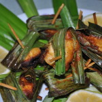 pandanchick2 150x150 Thai Pandan Chicken Recipe Gai Hor Bai Toey [ไก่ห่อใบเตย]