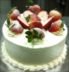 strawberry decor cake 2 288x300 Strawberry Whipped Cream Sponge Cake