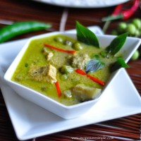 thai green curry chicken with video 200x200 Black Pepper Chicken Curry