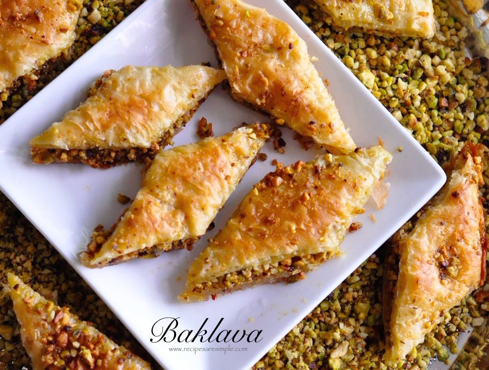 baklava with pistachio and cashew nuts Baklava with Pistachio and Cashew Nut