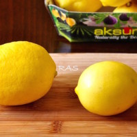 Meyer Lemons vs Regular Lemons 1 200x200 Random Foodie Stuff
