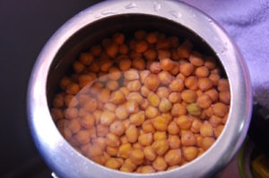 punjabi chole bhature 1 300x199 Punjabi Chole Bhature | Chickpeas with Fried Leavened Bread