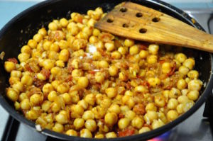 punjabi chole bhature 15 300x199 Punjabi Chole Bhature | Chickpeas with Fried Leavened Bread
