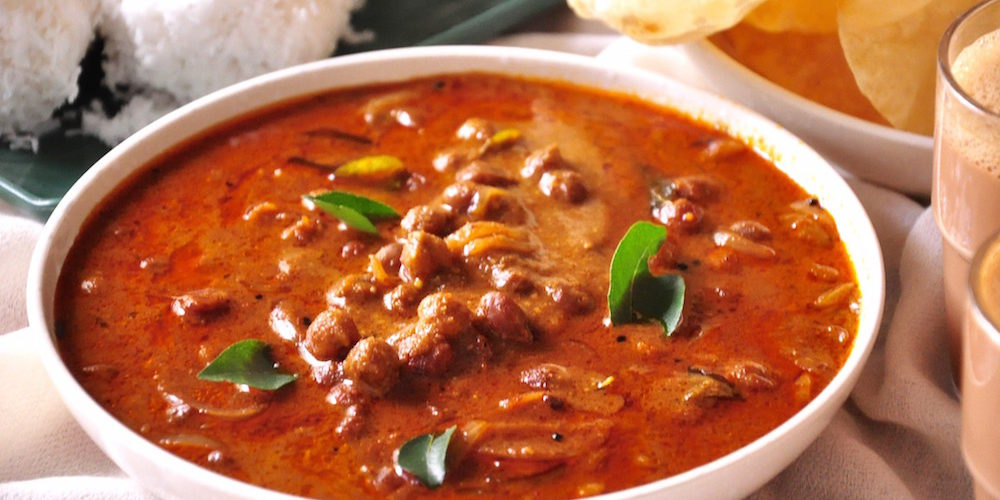 Black chickpeas curry kerala style recipe and video black chickpeas curry forumfinder Images