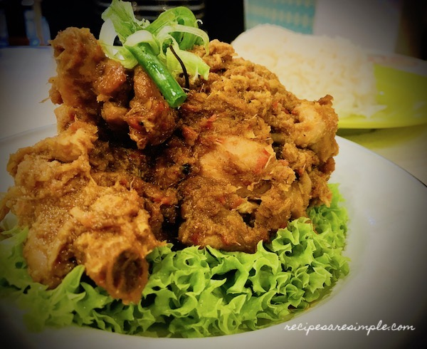 chicken rendand malaysia Chicken Rendang | Dry Caramelized Coconut Chicken Curry